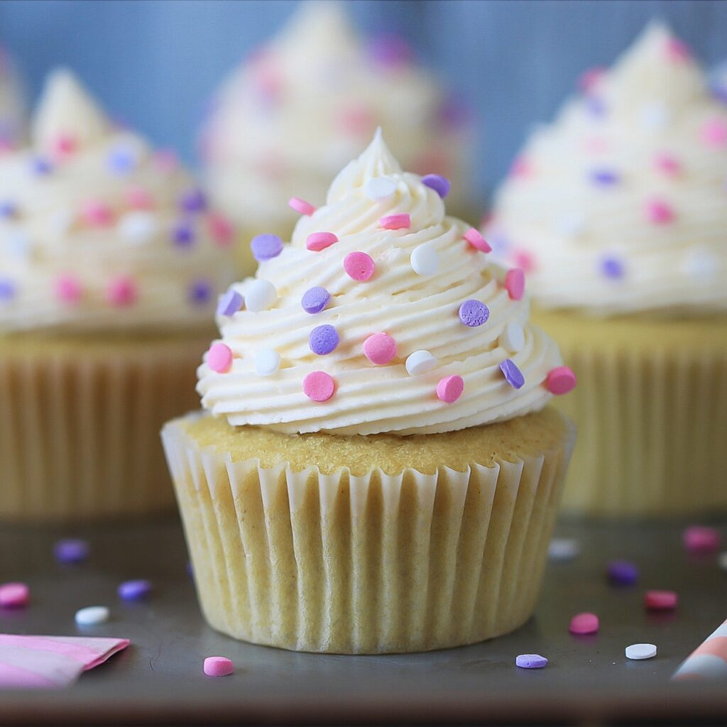 Vanilla Cupcake with frosting